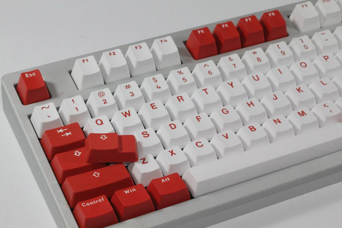 Red - Bi-Color PBT Double Shot Keycap Set (Vortex)